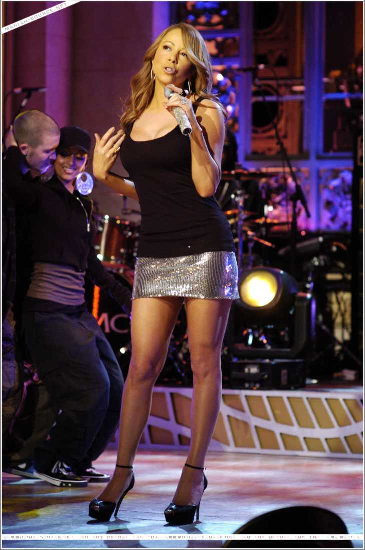 Mariah Carey celebrates her (maybe) 50th anniversary