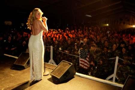Mariah in Kosovo